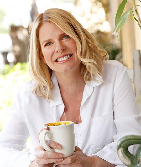 Bio Julie Shiflett